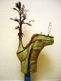 The Surreal Shoe Sculptures of Costa Magarakis - Neatorama