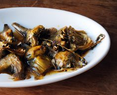 How To Make Braised Artichokes With Garlic And Thyme