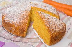 La Torta Carote e Mandorle è una delle mie torte preferite, gustosa, profumata, facile, veloce da preparare e soffice come una nuvola, si scioglie in bocca!