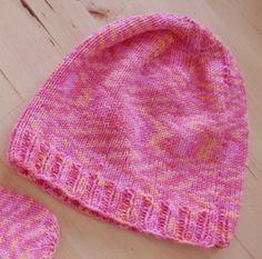 Einfache Strickmütze Mütze stricken Baby midi Anleitung