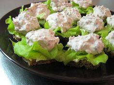 Mau!kas ruokablogi: Savuporomousse Potato Salad, Sushi, Potatoes, Ethnic Recipes, Food, Potato, Essen, Yemek, Meals