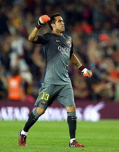 a95d4df397c Claudio Bravo - Barcelona Barcelona Football