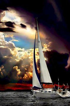 ✯ Sailing at Sunset