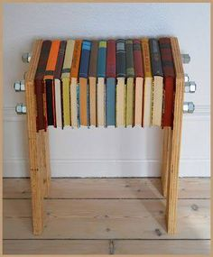 Diy Furniture Storage - New ideas Book Furniture, Funky Furniture, Recycled Furniture, Furniture Making, Recycled Books, Book Projects, Diy Interior, Book Crafts, Making Ideas