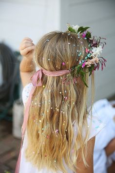 Spring girl's maypole party Fairy Birthday Party, Garden Birthday, Birthday Party Themes, Girl Birthday, Spring Birthday Party Ideas, Bolo Rapunzel, Bohemian Party, Fairy Tea Parties, Enchanted Forest Party