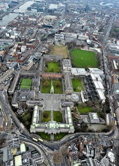 Dublin: aerial view of T. Dublin Ireland, Ireland Travel, Old Pictures, Old Photos, Trinity College Dublin, Dublin City, Stunning View, Aerial View, City Photo