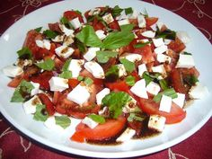 Sugar-Free – Mighty mozzarella and tomato salad via @https://www.pinterest.com/daystofitness/