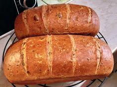 Sokmagvas kenyér Bread, Food, Brot, Essen, Baking, Meals, Breads, Buns, Yemek