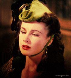 Vivian Leigh - always Scarlet <3
