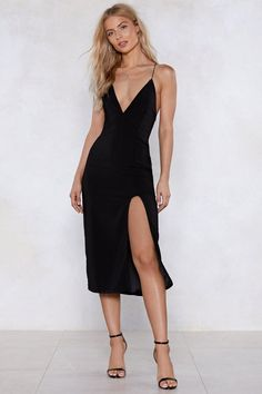 Shop a casual look or get ready to party with our range of womens dresses from maxi & midi dresses to smokin' hot bandage dresses. Short Beach Dresses, Short Mini Dress, Nice Dresses, Casual Dresses, Ladies Dresses, Dresses Dresses, Event Dresses, Satin Dresses, Long Dresses