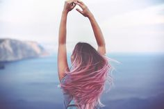 Your Perfect Summer Hair Color. Take Our Quiz Big Hair, Your Hair, Hair Without Shampoo, Split Nails, Fuerza Natural, Coconut Oil Hair Mask, Curly Hair Cuts, Pause, Hair Care Tips