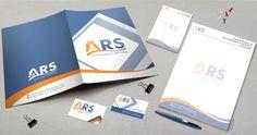 Criação de logotipo ARS Construções e Reformas com aplicação em pasta comercial, cartão de visita, bloco de anotação e papel timbrado. Padronize sua marca com cores e formas, de vida ao que você faz! #Branding #Marca #Identidade #Criação #Logotipo #Logo #Design #Papelaria #Padrão #Work #DesignGráfico