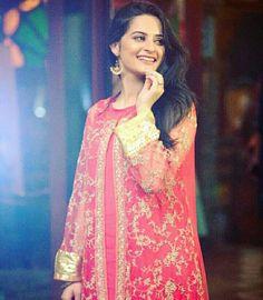 Pakistani Models, Celebs, Celebrities, Nice Dresses, Latest Fashion, Sari, How To Wear, Outfits, Weddings