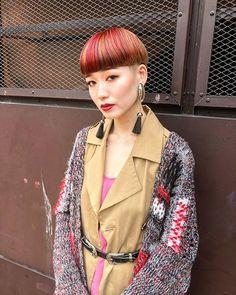 アサイチヒロはInstagramを利用しています:「_ 全てが私の中の理想でした cut… @asai_chihiro color… @kizukakeiko fashion… @supram_yumi & @ladybara…」 Bowl Haircuts, Bowl Cut, Coloured Hair, Page Boy, Cute Little Girls, Cute Hairstyles, Gorgeous Women, Cool Style, Short Hair Styles
