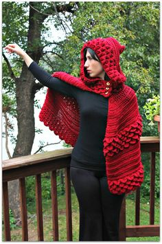 Here is the newest pattern from the Bonita Patterns Crochet Shop, the Crocodile Stitch Hooded Cape! And now get 20% off at the shop with coupon code FALL20 What do you guys think?