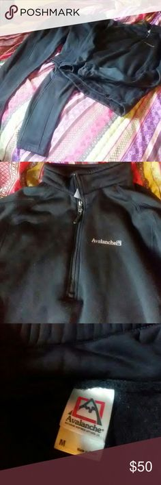 Avalanche sweat suit Weather proof and very warm. Matching pull over and pants size medium. A little bit of pilling but no rips or stains. Great for the outdoors! Tops Sweatshirts & Hoodies