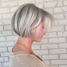 Achieving that perfect icy blonde shade can be tricky. Check out the steps below to see howRochelle Golden (@rochellegoldenhairstylist), a New Jersey-based stylist and a 2017 #ONESHOT finalist for #HOTSHOT Haircut Shot of the Year, created this bright blonde bob.  Want to be featured? Tag your pics to #behindthechair!  Total time: 1½ hours … Continued