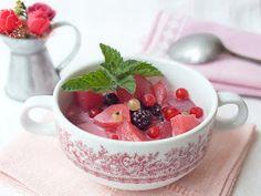 Süssünk, főzzünk valamit!: Görög joghurtos gyümölcsleves