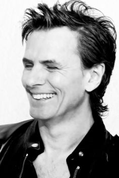 JOHN TAYLOR DAILY - Pressure Off screen shots – sized to use as lock...