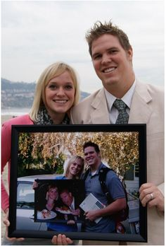 Never-ending Anniversary Photo, love this idea!