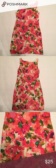 Anthropologie floral print dress Anthropologie floral print dress. Beautiful watercolor floral print. Very flattering princess seams. Linen blend. Fully lined. Excellent condition- worn only a few times. Listing as size 2 because it fits like a size 2 even though it's listed as 00 (probably vanity sizing), so I feel this is more helpful for me to list as a size 2. Anthropologie Dresses