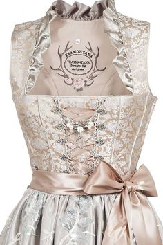 Wundervolles Midi Dirndl von Tramontana, was auch als Hochzeitsdirndl oder Brautdirndl bei der Trachtenhochzeit Einsatz findet in schönem taupe und... Dirndl Dress, Dress Skirt, Scarf Dress, Costume Makeup, Wedding Planner, Costumes, Sewing, Formal Dresses, My Style