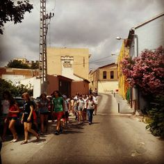 Hoy recibimos la vista de la Coral Infantil de la Escola Municipal Can Ponsic de Barcelona.  #visitaguiada por #ribaroja