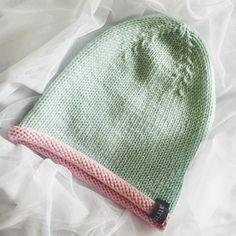 В наличии мятная шапуля из 100% мерино Италия на ог 52-54 см на тёплую осень  Цена 1200₽ P.S.: Все наличие по тегу #katrinralli_shop