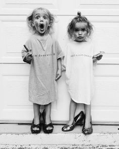 Bob Dylan Children, I Miss My Mom, Flower Fashion, Forever Young, Beautiful Pictures, T Shirts For Women, Black And White, Girl Stuff, Photography