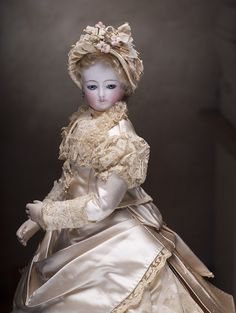 """Antique French Ivory silk satin gown with extended trim and matching bonnet for Fashion doll about 18-19"""" (45-48 cm) Antique dolls at Respectfulbear.com"""