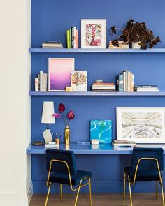Don't be afraid to include fierce pops of colour in your space – take cues from designer @bennettleifer, who added this stunning accent…