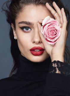 Taylor hill for Lancôme by Txema Yeste | Marie Claire Indonesia - January 2017