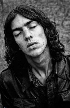 Richard Ashcroft - still not sure if you're pretty, creepy, hideous or badly in need of a sammiche.