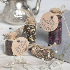 original_cute-wedding-favour-tea-in-cork-bottle.jpg 900×900 pixels