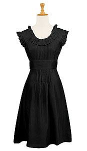 lovely tailored little black (plus size) dress