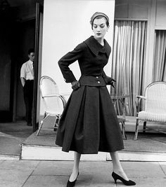 Rose Marie Reid wearing a suit by Jacques Fath, photo by Regina Relang, Paris, 1955