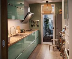 Zielona nowowczesna kuchnia IKEA - Lovingit.pl
