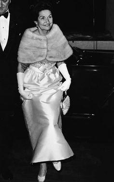 Lady Bird Johnson - Most Stylish First Ladies - Harper's BAZAAR