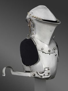 lance rest and frog-mouth helmet of Maximilian I of Austria_for use in a German-style Joust of Peace (Gestech)_by Lorenz Helmschmid Armadura Medieval, Medieval Armor, Medieval Fantasy, Maximilian I, Costume Armour, Landsknecht, Knight Armor, Armor Concept, Suit Of Armor