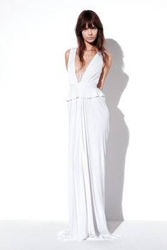 See the complete Prabal Gurung Resort 2013 collection.