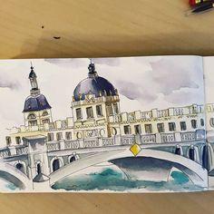 Carnet de voyage - Camille R. #watercolor #carnetdevoyage #lyon #sketchbook #aquarelle