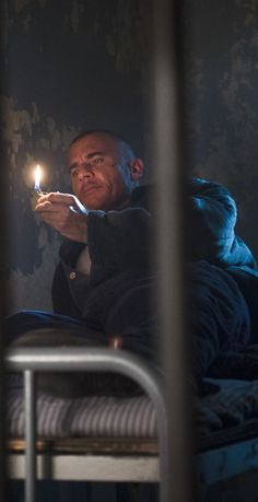 Legends of Tomorrow - Heat Wave (HD) Prison Break 3, Lincoln Burrows, Vandal Savage, Dominic Purcell, Michael Scofield, Supergirl 2015, Dc Legends Of Tomorrow, Black Lightning, Wentworth Miller