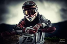 The Motocross Racer Motocross Racer, Freestyle Motocross, Motocross Bikes, Motocross Tattoo, Motocross Photography, Bike Photography, X Games, Motocross Quotes, Bike Quotes