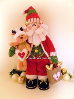 Santa y reno Mary Christmas, Christmas Sewing, Christmas Projects, Christmas Holidays, Beaded Christmas Ornaments, Christmas Decorations, Holiday Decor, Decor Crafts, Diy And Crafts