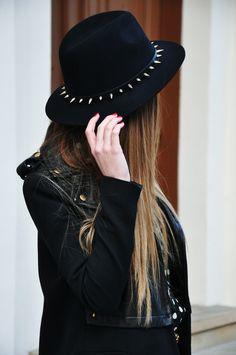 5c96fce0dc66a hat fashion Grunge punk long hair Alternative darkness goth gothic leather  jacket pastel goth Spiked dark fashion gothic girl all black gothic fashion  ...