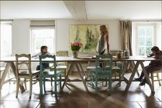 Love this house! Décor de Provence: Charming home... Beautiful Family!