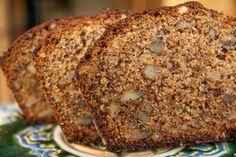 Η Φανουρόπιτα είναι μια πίτα που φτιάχνεται κάθε χρόνο στις 27 Αυγούστου την ημέρα που τιμάται ο Άγιος Φανούριος και αποτελείται από 7 ή 9 υλικά. Μια νηστίσιμη πίτα που καθιερώθηκε να την φτιάχνουν οι νοικοκυρές για να ζητήσουν από τον Άγιο να τους φανερώσει πράγματα που έχουν χάσει. Η παρακάτω συντ