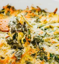 This is the best hot spinach artichoke dip that I've ever had. It's an easy and quick oven baked appetizer that's cheesy, creamy, spicy, and so simple to make. It uses fresh ingredients such as…More Mouth Watering Low Carb Appetizers Recipes Low Carb Appetizers, Vegetarian Appetizers, Appetizer Recipes, Appetizer Party, Appetizer Ideas, Dinner Recipes, Ricotta Gnocchi, New Recipes, Cooking Recipes