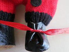 Ботиночки для куклы за 15 минут - Тридевятое царство (Elena-39) - Ярмарка Мастеров http://www.livemaster.ru/topic/1241897-botinochki-dlya-kukly-za-15-minut