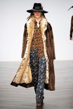 The Style Examiner: Issa Womenswear Autumn/Winter 2013
